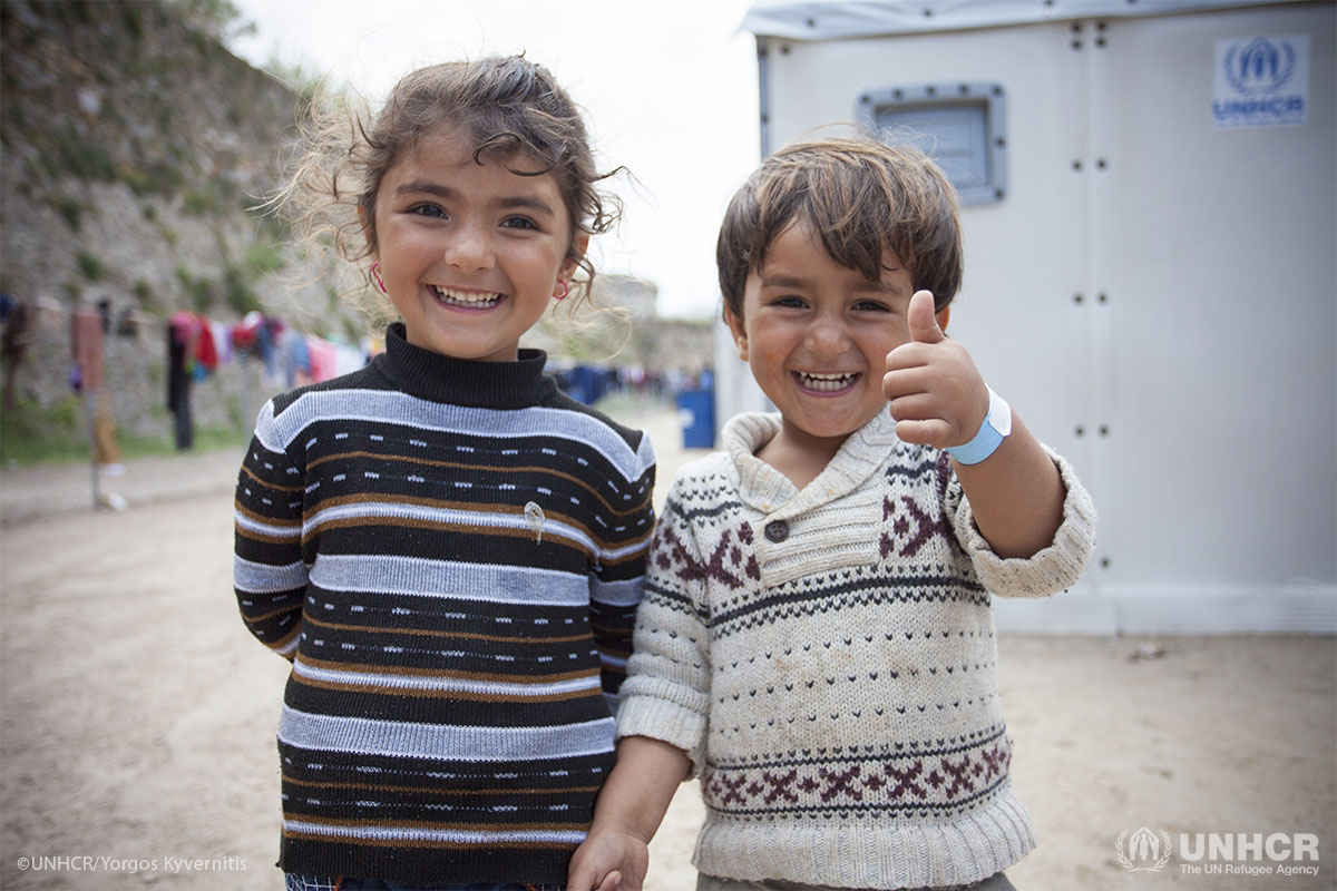 Brother and sister from Iraq at the temporary accommodation site in Souda.
