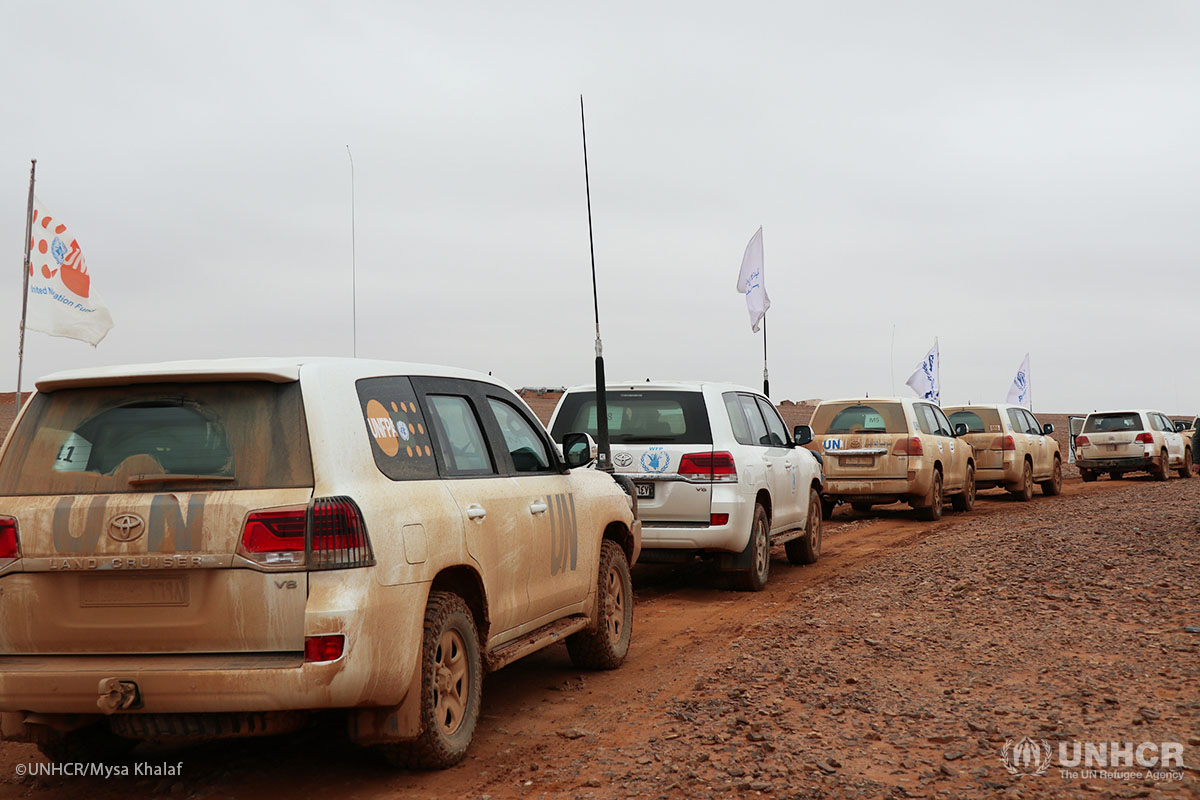 Aid convoy reaches Syrians living in desperate conditions in Rukban.
